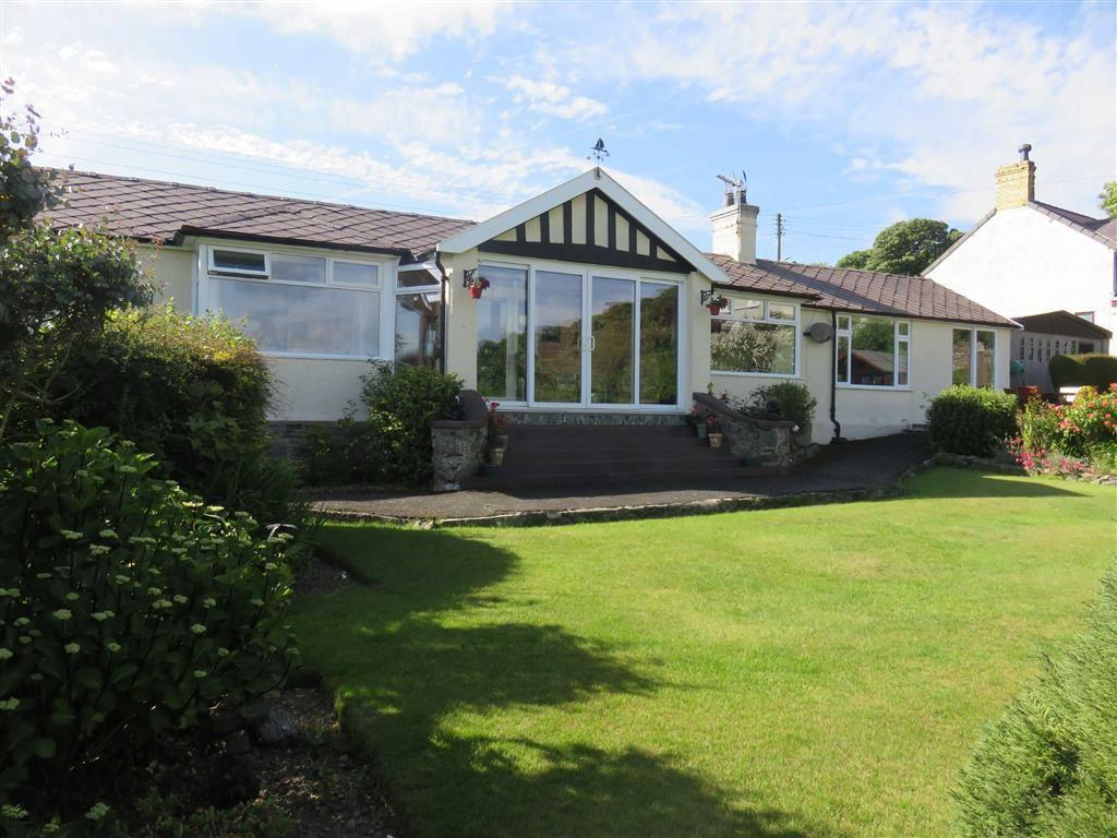 3 Bedrooms Detached Bungalow for sale in Lon Ganol, Llandegfan, Anglesey