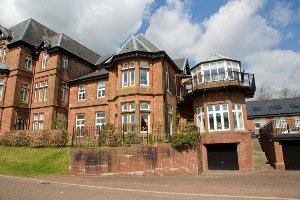 2 Bedrooms Apartment Flat for sale in 23 Laurel Way, The Grange, PA11 3NH