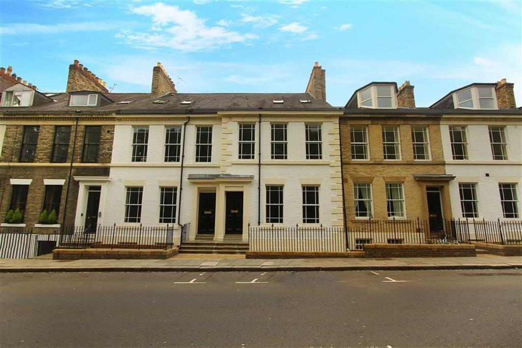 2 Bedrooms Flat for sale in North Terrace, Newcastle Upon Tyne