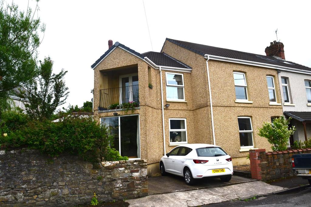 4 Bedrooms Semi Detached House for sale in Gwydr Place, Loughor, Swansea