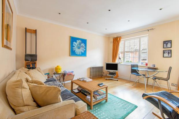 3 Bedrooms Mews House for sale in Fairfax Place, South Hampstead, London, NW6