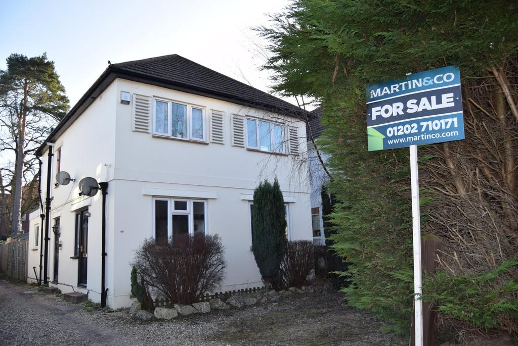 2 Bedrooms Apartment Flat for sale in Parkstone Avenue, Lower Parkstone