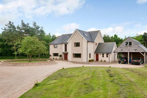 6 bedroom detached house to rent - Hilmarton, Nr Calne, Wiltshire, SN11