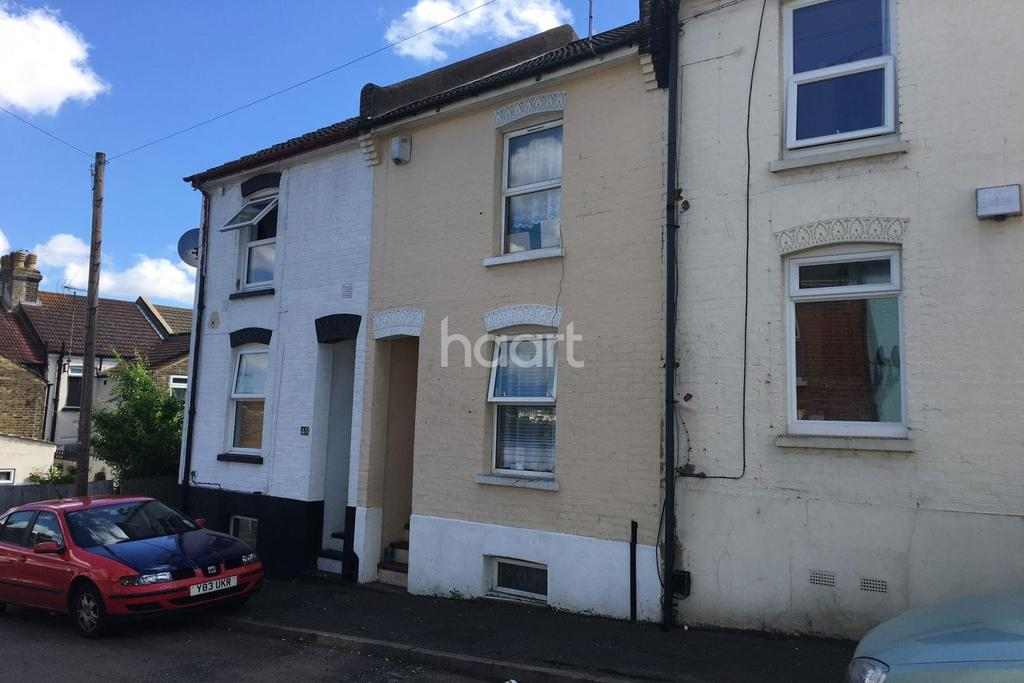 3 Bedrooms Terraced House for sale in Herbert Road, Chatham