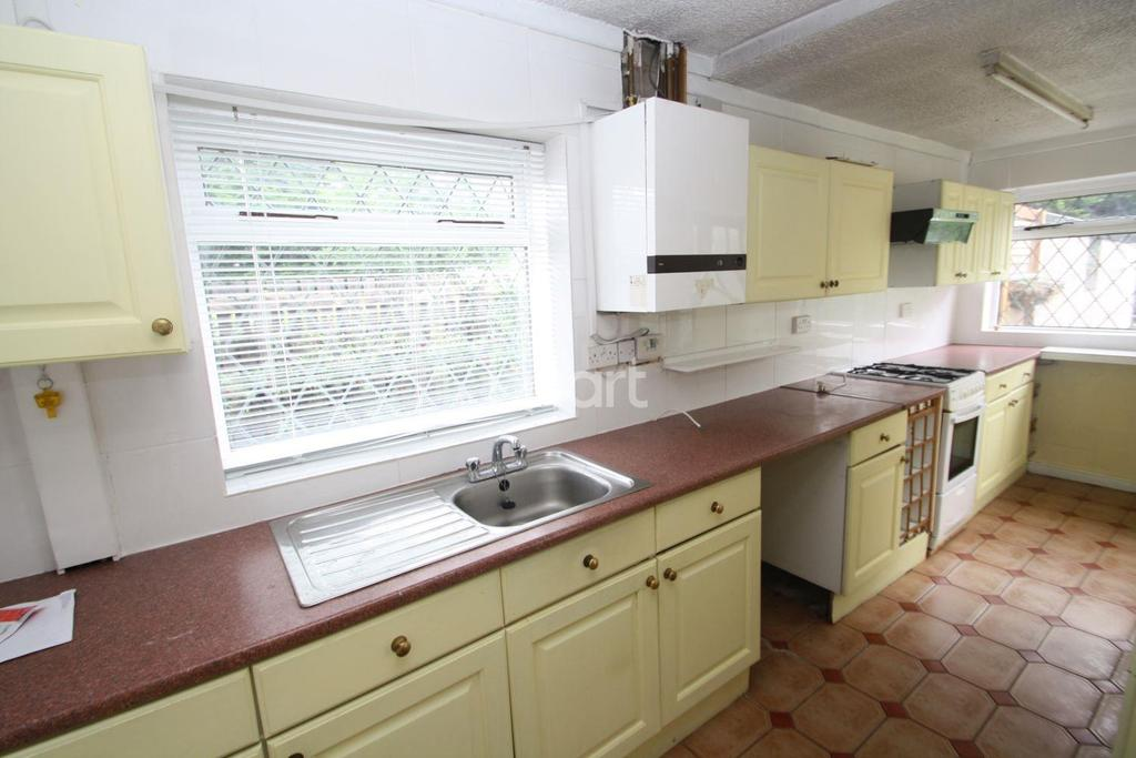 2 Bedrooms Semi Detached House for sale in London Road, Alvaston, Derby
