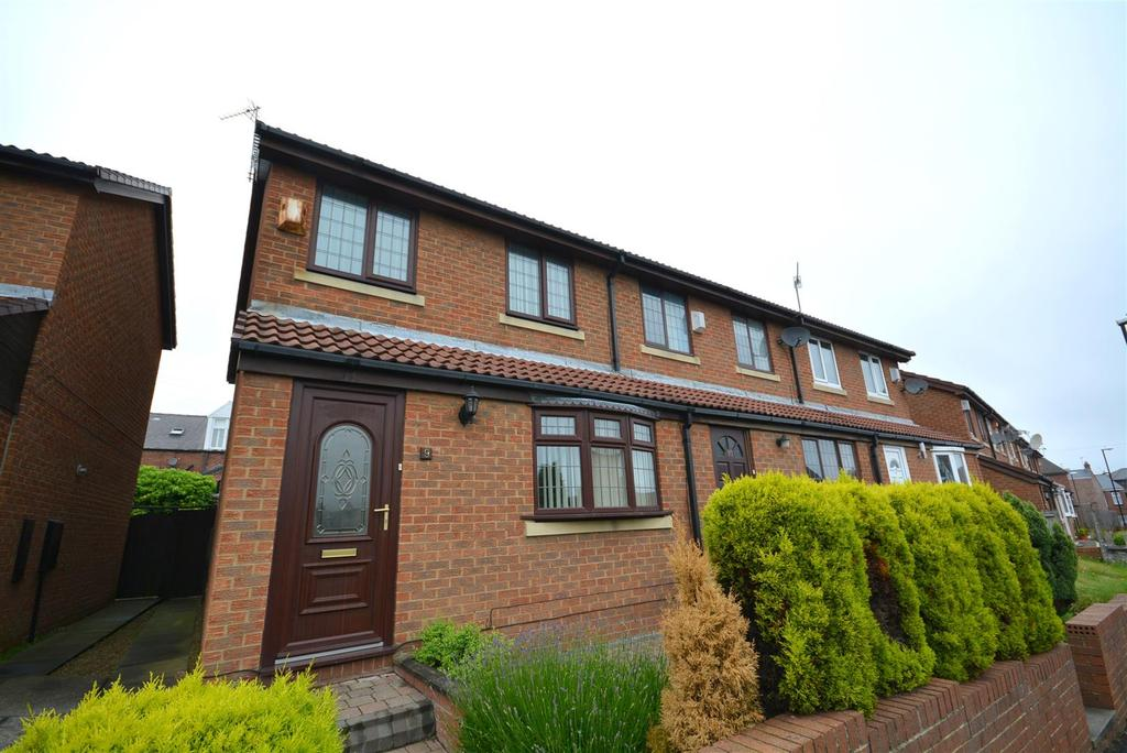 3 Bedrooms Terraced House for sale in Pendle Green, Barnes, Sunderland