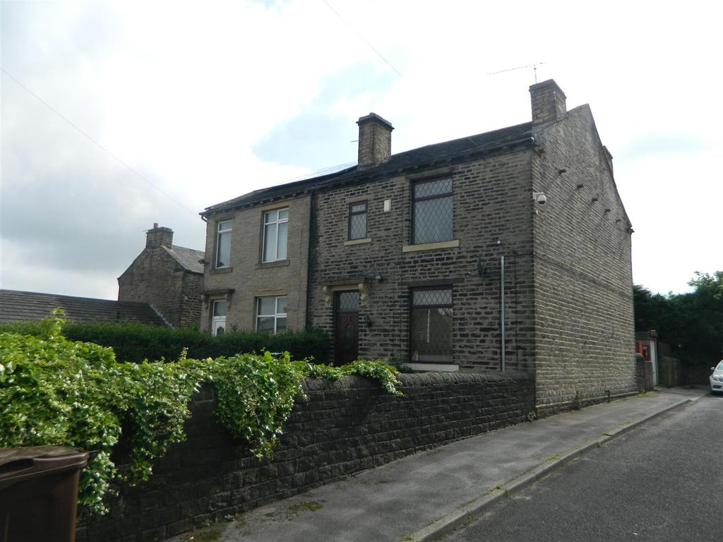 3 Bedrooms Semi Detached House for sale in Bottomley Street, Wibsey, Bradford, BD6 2EW