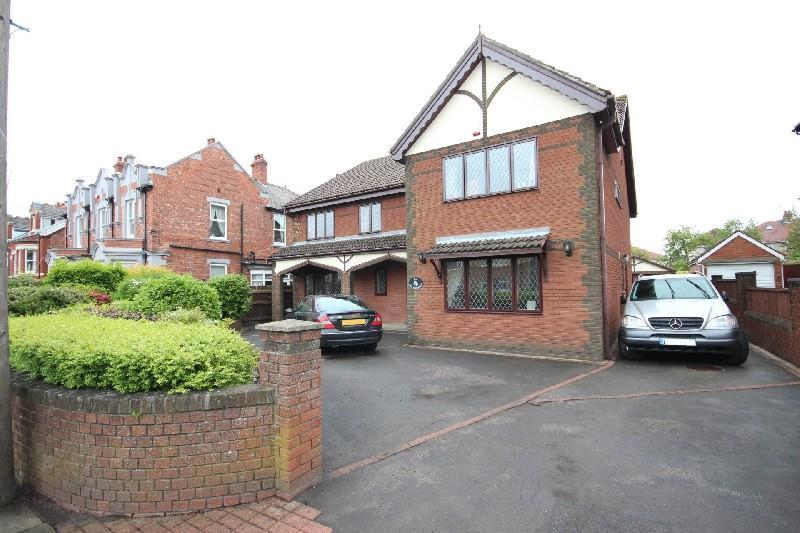 6 Bedrooms Detached House for sale in Elm Grove, Hartlepool