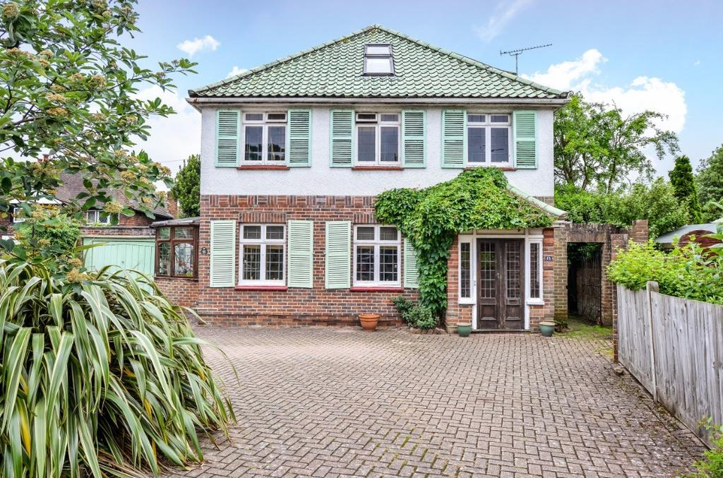 5 Bedrooms Detached House for sale in Carden Avenue Brighton East Sussex BN1