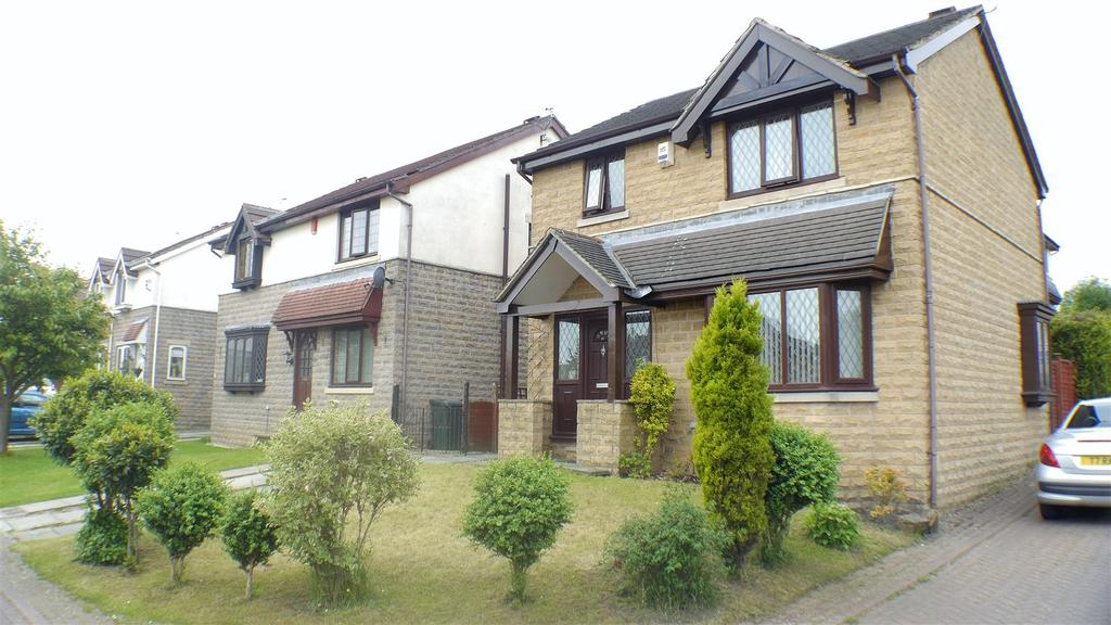 3 Bedrooms Detached House for sale in Grayshon Drive, Wibsey, Bradford, BD6 1QF