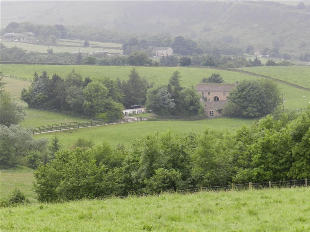 4 Bedrooms Detached House for sale in Thick Hollins Road, Holmfirth, HD9