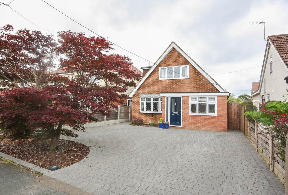 3 Bedrooms Detached House for sale in Second Avenue, Billericay CM12