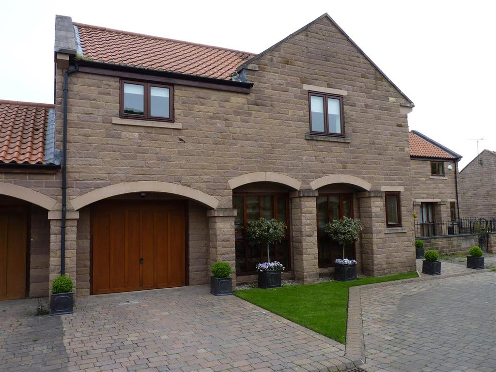 4 Bedrooms Semi Detached House for sale in Bridge House, Spofforth
