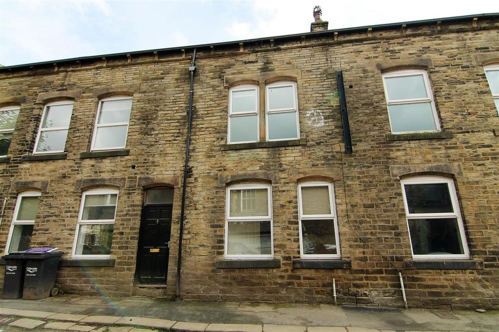 Central Street, Hebden Bridge 2 bed terraced house - £85,000