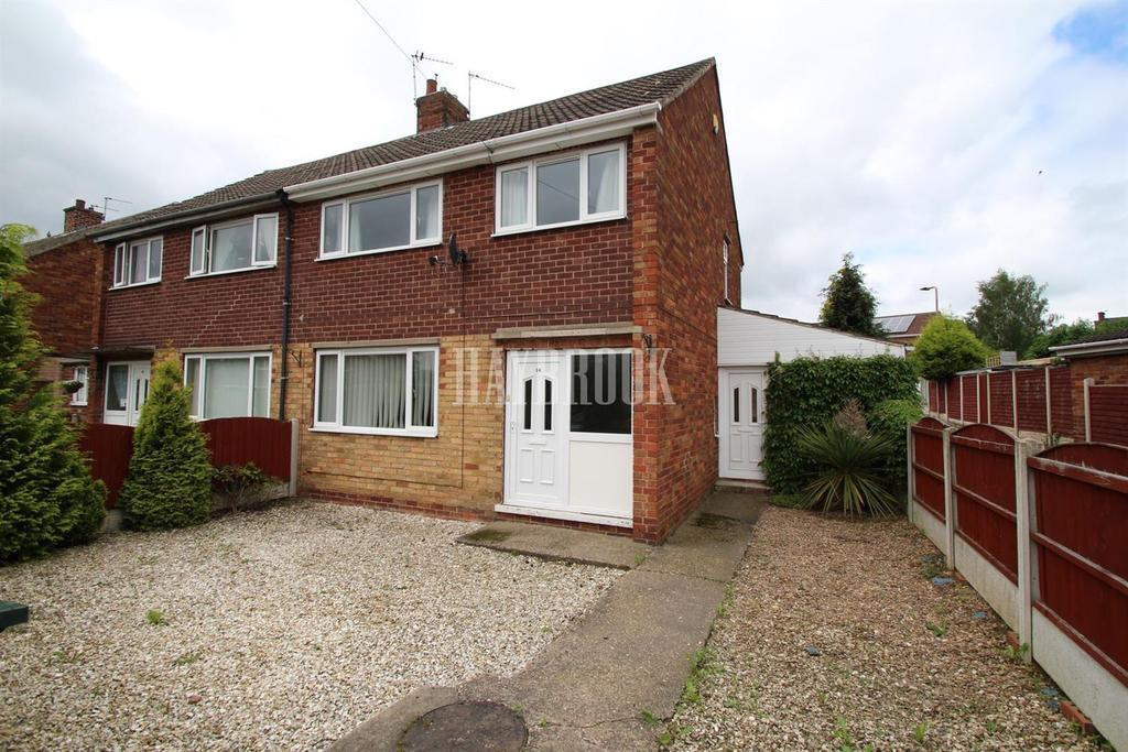 3 Bedrooms Semi Detached House for sale in Kennedy Drive, Goldthorpe