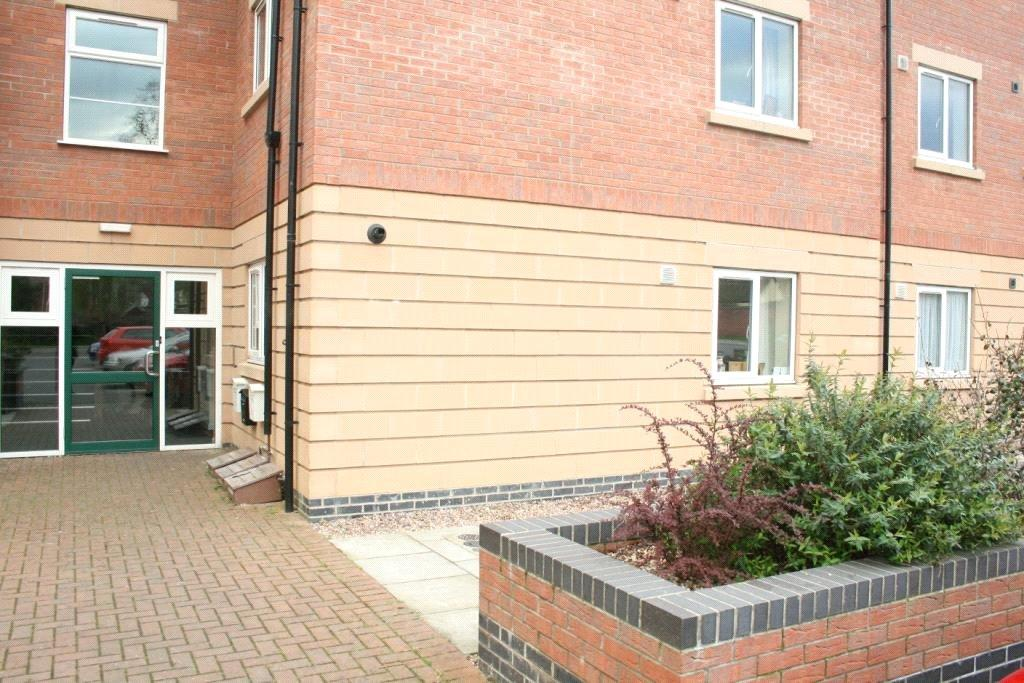 2 Bedrooms Flat for sale in The Hedgerows, Sleaford, NG34