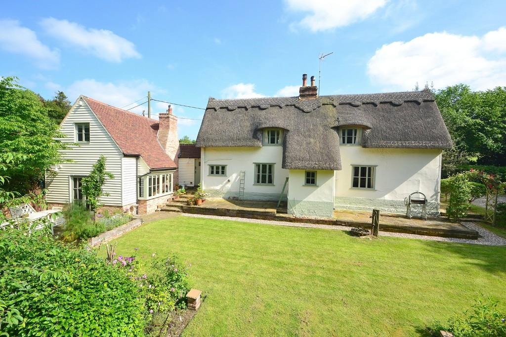 4 Bedrooms Detached House for sale in Walthams Cross, Great Bardfield