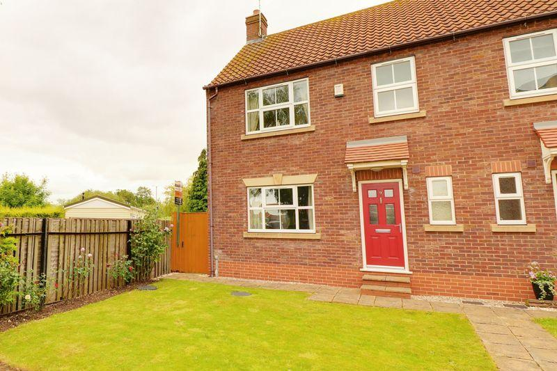 3 Bedrooms Semi Detached House for sale in Franklin Mews, Barton-Upon-Humber