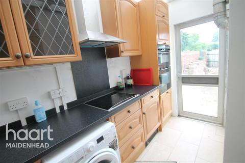 1 bedroom in a house share to rent - HOUSE SHARE