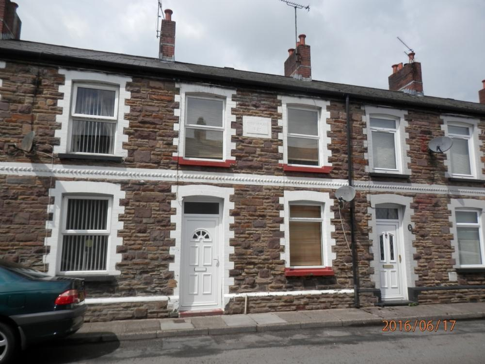 2 Bedrooms Terraced House for sale in Oxford Street, Griffithstown