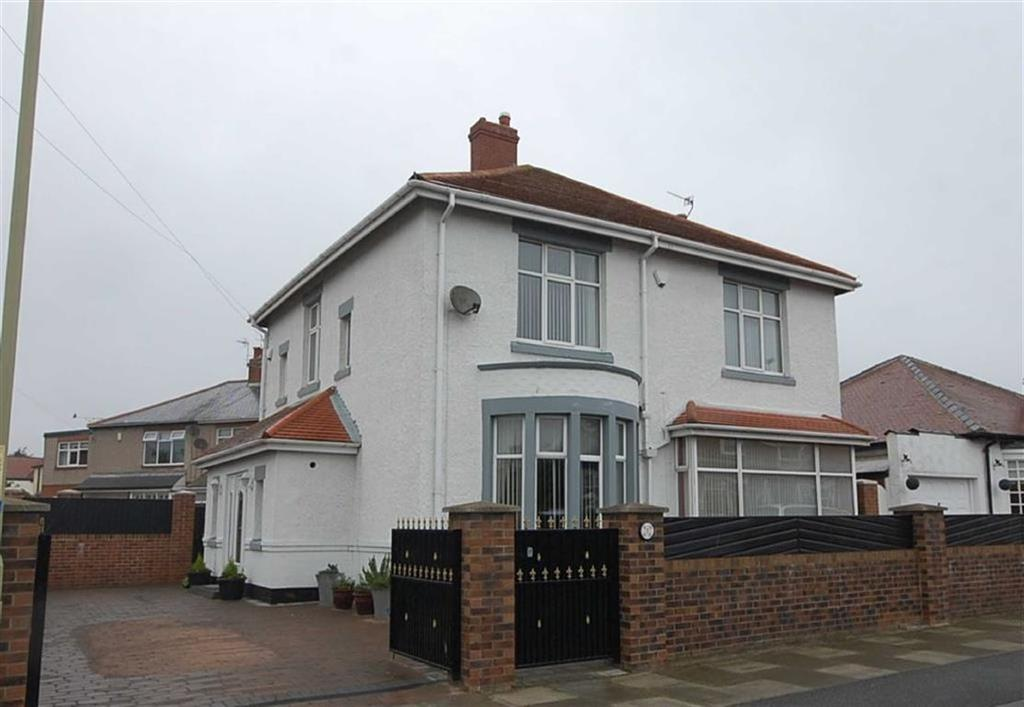 4 Bedrooms Detached House for sale in St Peters Avenue, South Shields