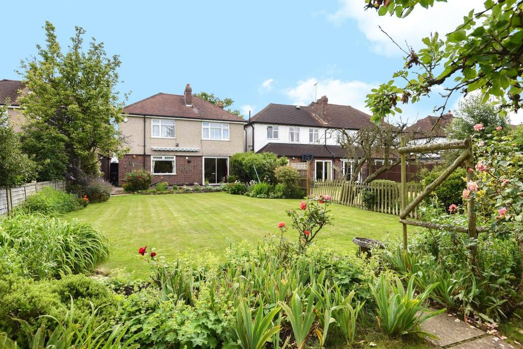 4 Bedrooms Detached House for sale in Blackbrook Lane, Bromley, BR2