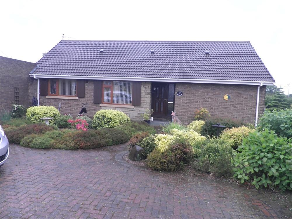 2 Bedrooms Detached Bungalow for sale in 4 Compton Drive, Keyingham, East Riding of Yorkshire
