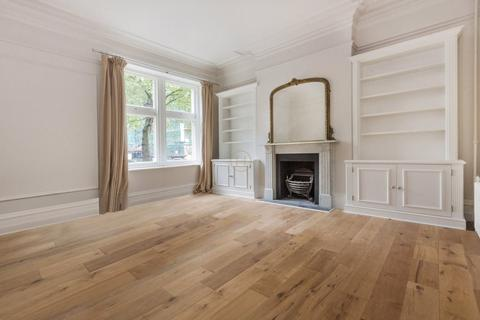2 bedroom apartment to rent - Bedford Court Mansions, Adeline Place, Bloomsbury, Fitzrovia, WC1B