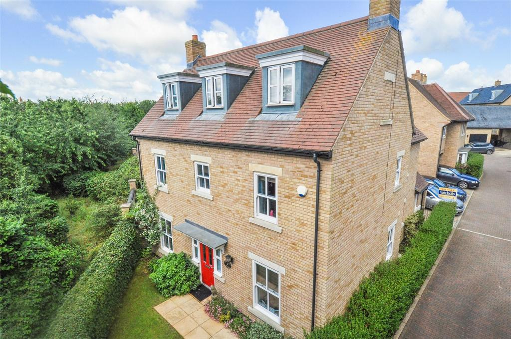 5 Bedrooms Detached House for sale in Gladstone Drive, Fairfield Park, Stotfold, Hertfordshire