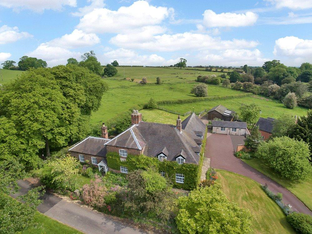 4 Bedrooms Detached House for sale in Bretby, Burton-on-Trent, Derbyshire