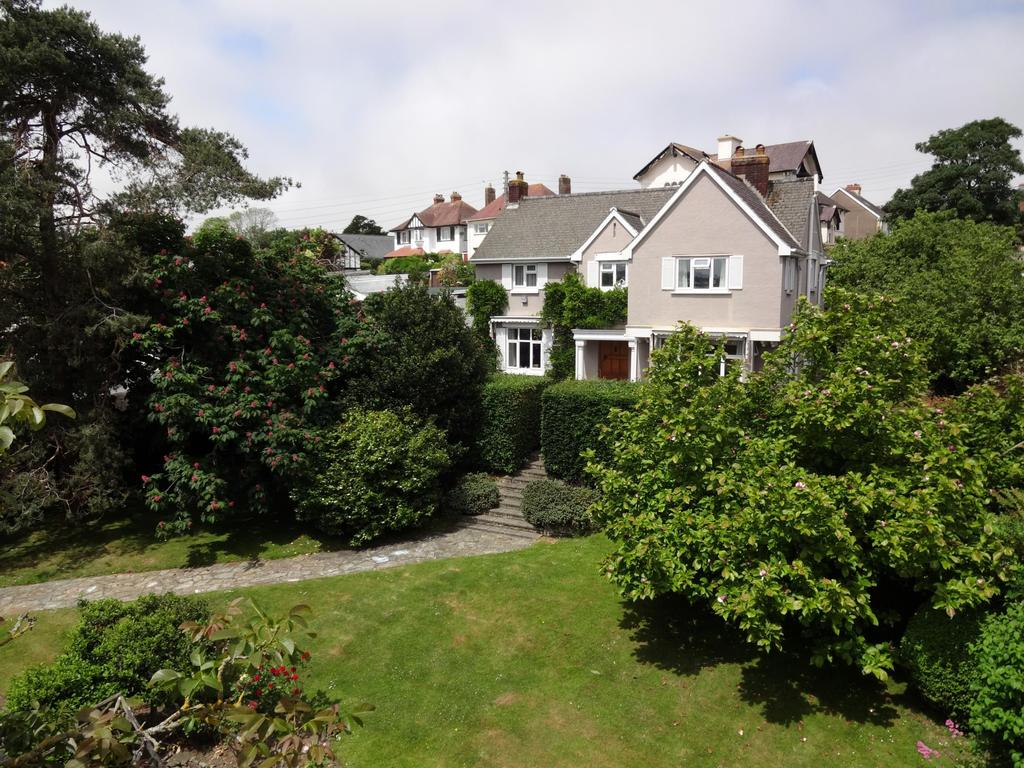 6 Bedrooms Detached House for sale in Chanters Road, Bideford