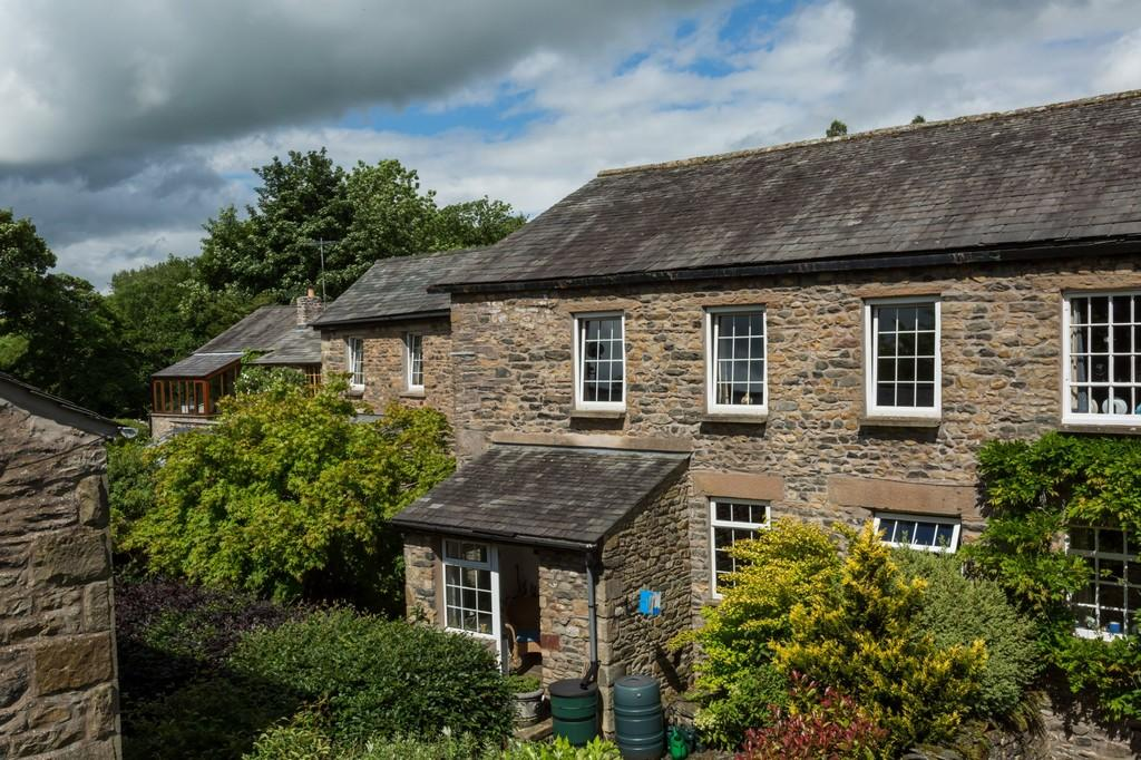 3 Bedrooms House for sale in Mill End, Millthrop, Sedbergh, Cumbria, LA10 5SJ