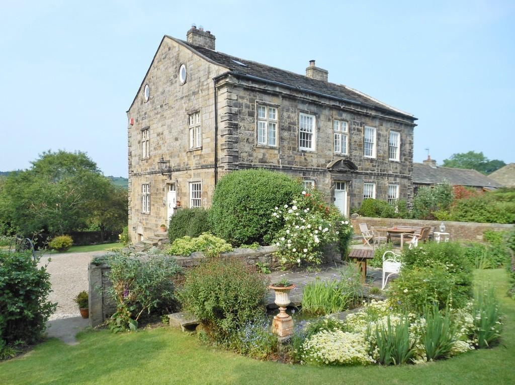 5 Bedrooms Manor House Character Property for sale in Castley Lane, Castley