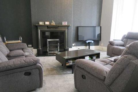 2 bedroom apartment - Imeary Street, South Shields