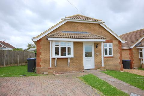 2 bedroom detached bungalow for sale - Crossley Avenue, Studd Hill, Herne Bay
