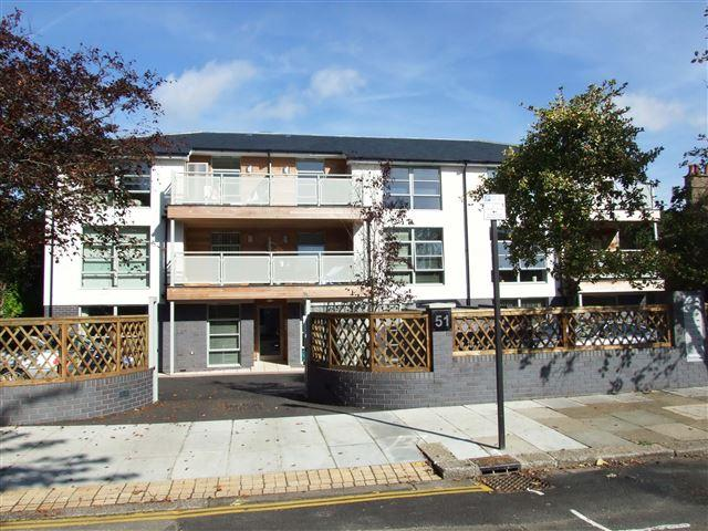 2 Bedrooms Flat for sale in Wilbury Avenue, Hove
