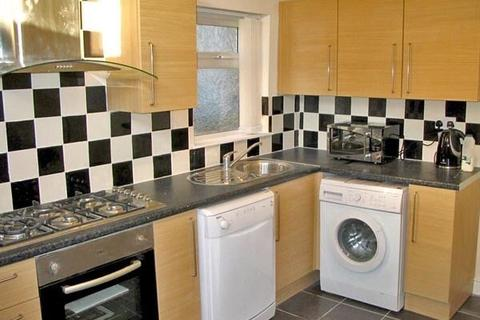 6 bedroom house share to rent - Longford  Place, Victoria Park, Manchester m14