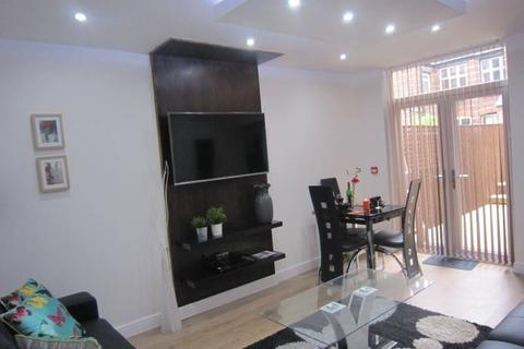 1 bedroom house share to rent - Burton Rd, Didsbury, Manchester M20
