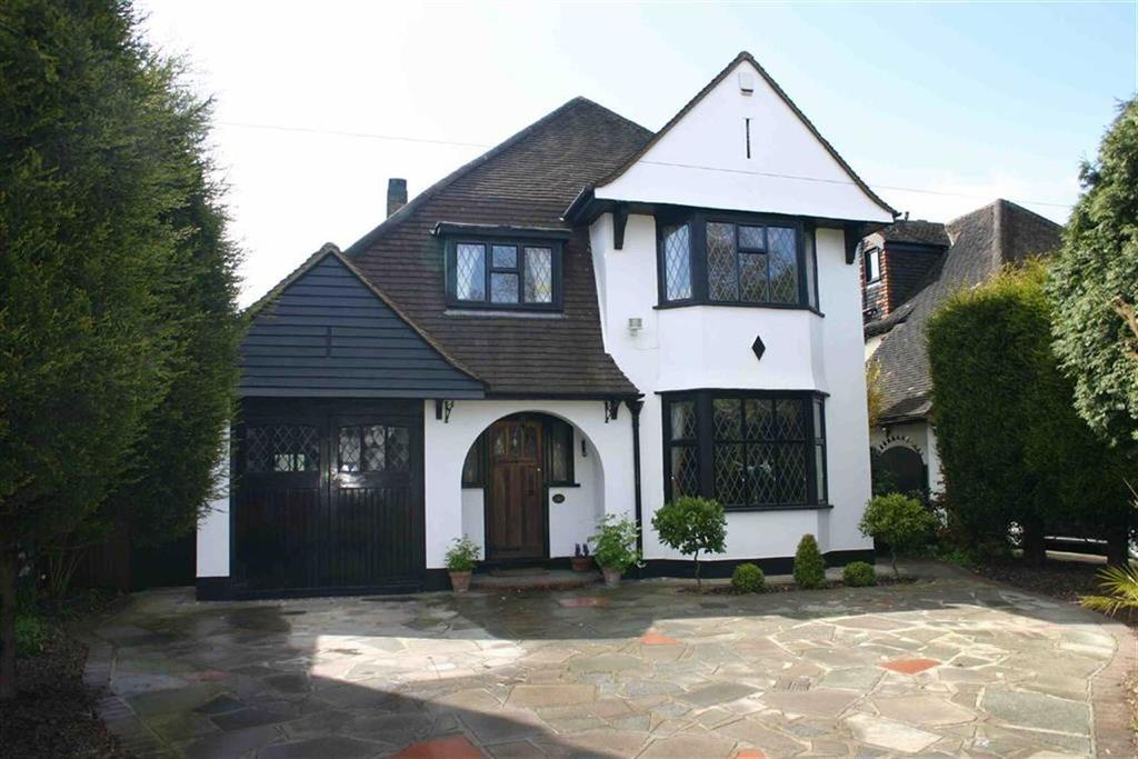 3 Bedrooms Detached House for sale in Poverest Road, Petts Wood East