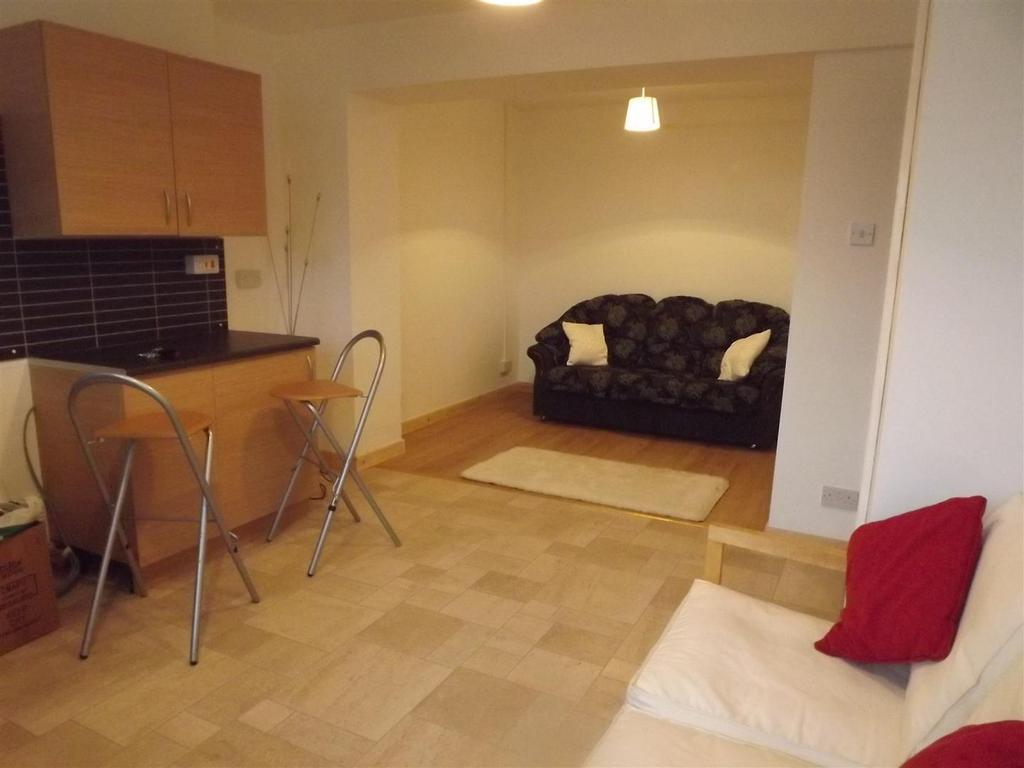 1 Bedroom Apartment Flat for sale in Glanamman