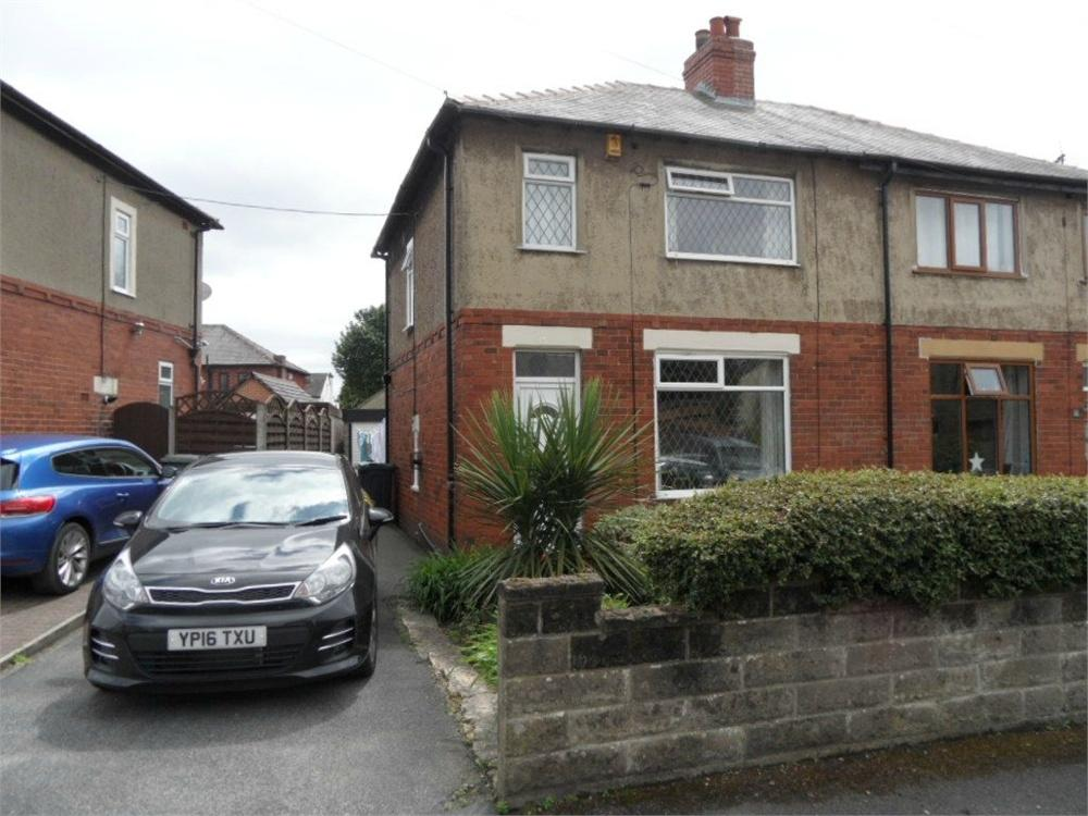 3 Bedrooms Semi Detached House for sale in Moorside Avenue, Birkenshaw, West Yorkshire