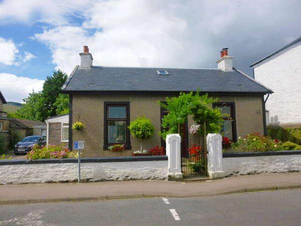 Detached Bungalow for sale in Ladeside Cottage, 103 George Street, Dunoon, PA23 8BP