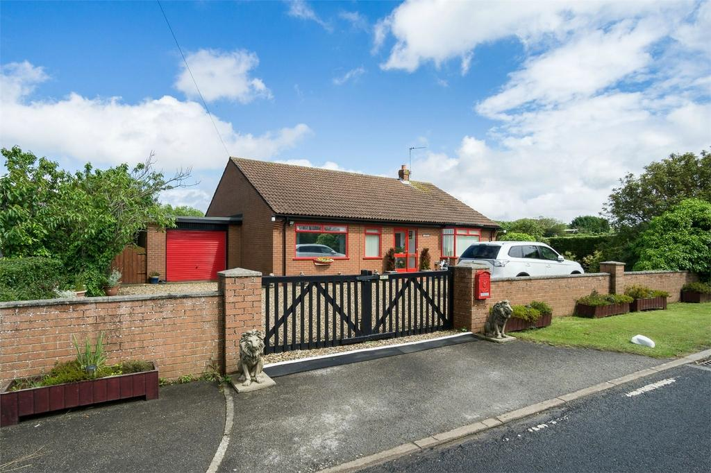 4 Bedrooms Detached Bungalow for sale in Main Road, Holmpton, East Riding of Yorkshire
