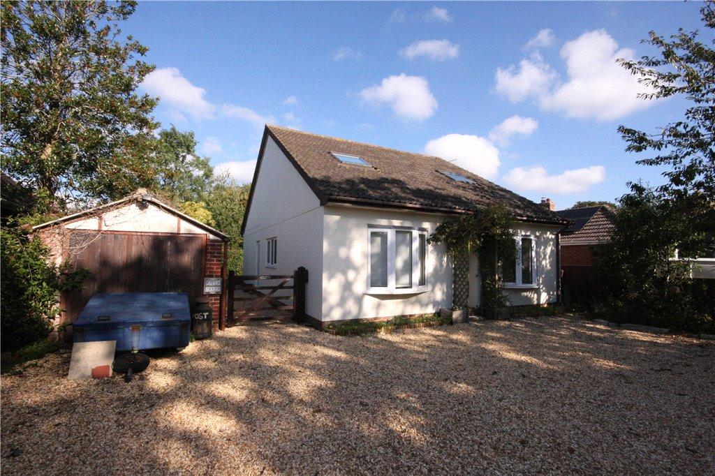5 Bedrooms Detached House for sale in Mill Lane, Sway, Lymington, Hampshire, SO41