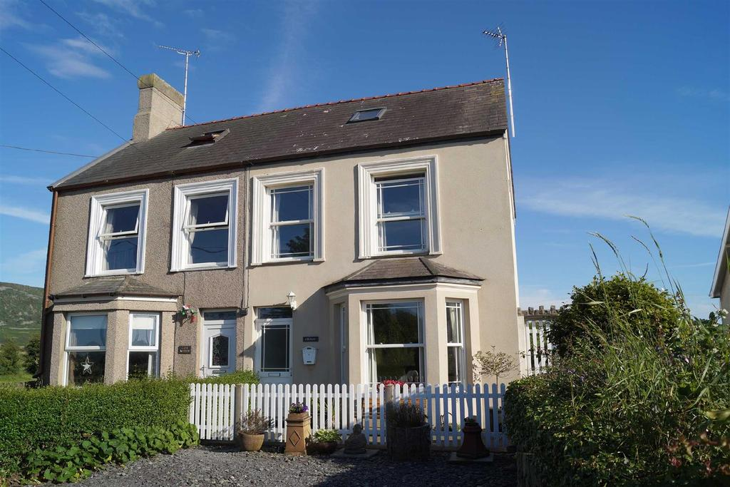 5 Bedrooms Semi Detached House for sale in Lon Isaf, Morfa Nefyn