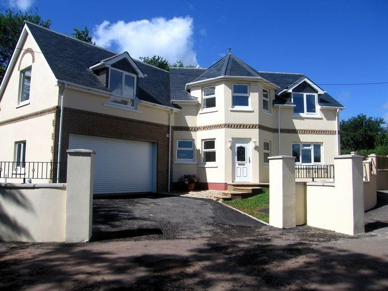 4 Bedrooms Detached House for sale in Channel View Lane, HOLCOMBE, Dawlish