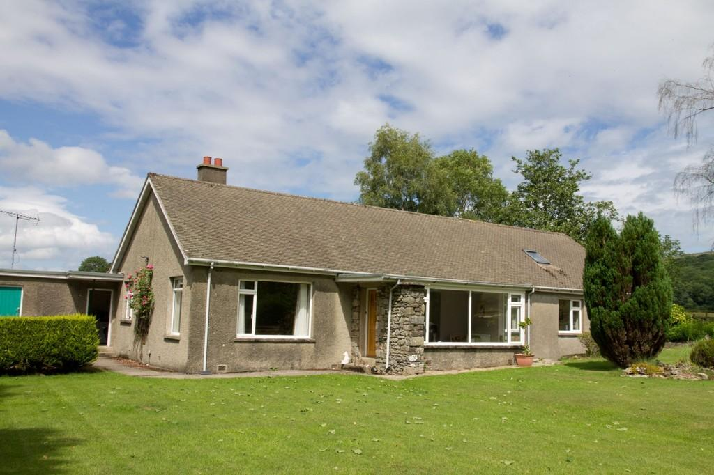 4 Bedrooms Detached Bungalow for sale in Applegarth, Aynsome Road, Cartmel, Grange-over-Sands, Cumbria, LA11 6HG