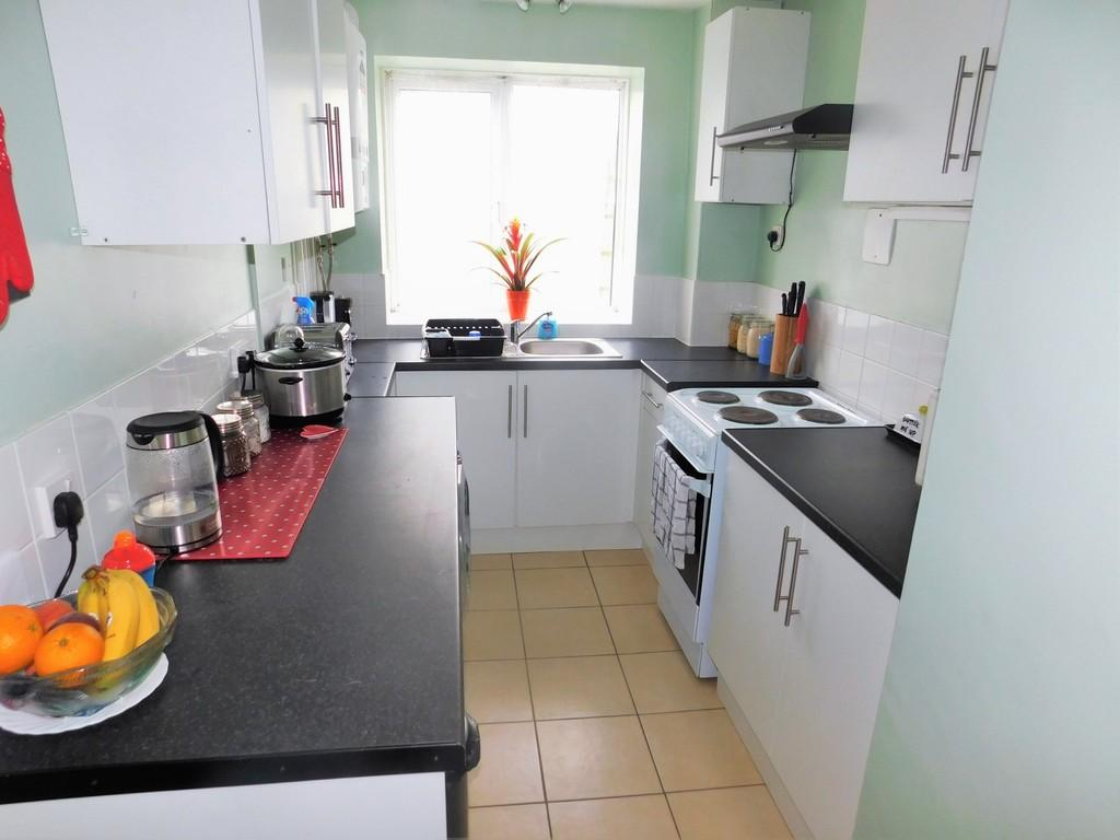 2 Bedrooms Flat for sale in Old London Road, Brighton