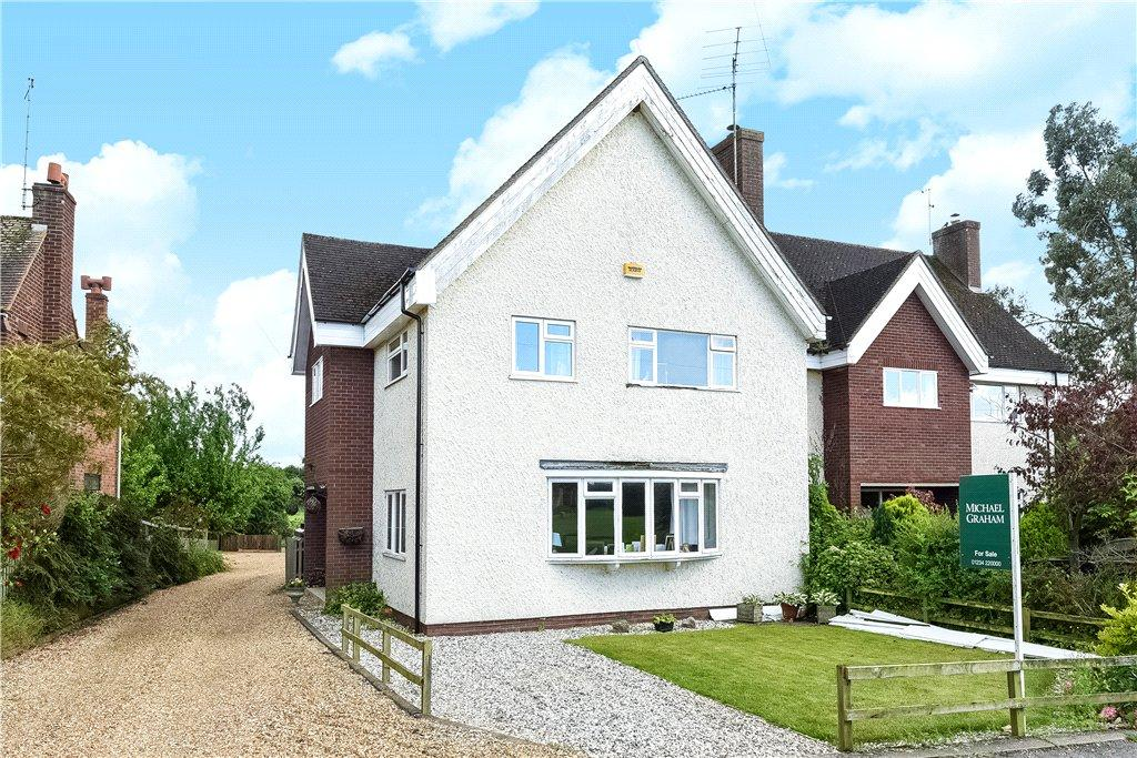 3 Bedrooms Semi Detached House for sale in Church Green, Milton Ernest, Bedford, Bedfordshire