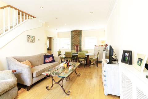 3 bedroom mews to rent - Bathurst Mews, Lancaster Gate, London, W2